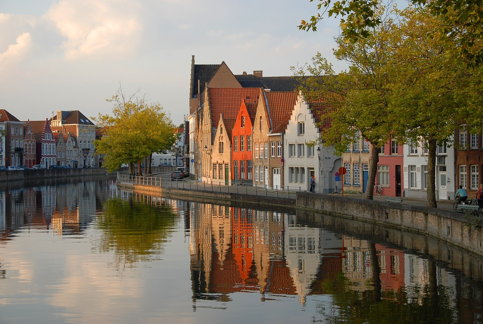 Cruise the canals of Bruges