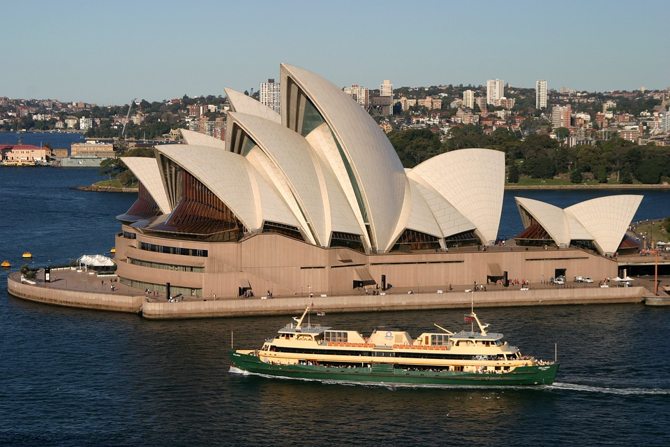 Enjoy a spectacular buffet luncheon cruise with Captain Cook Cruises on beautiful Sydney Harbour