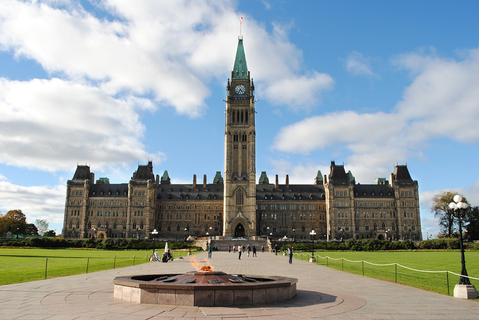 Double Decker guided city tours of Ottawa