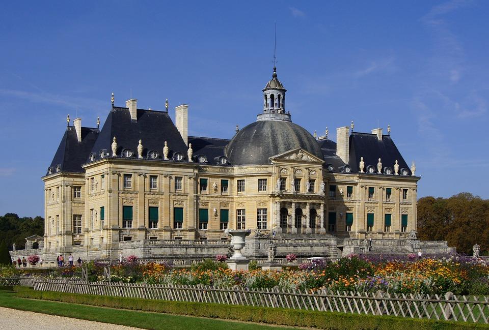 Explore the grounds of Vaux le Vicomte outside of Paris